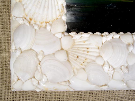 SEA SHELL MIRROR DETAIL