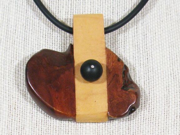 ROOT, MAPLE WOOD & BLACK ONYX WITH RUBBER COLLAR