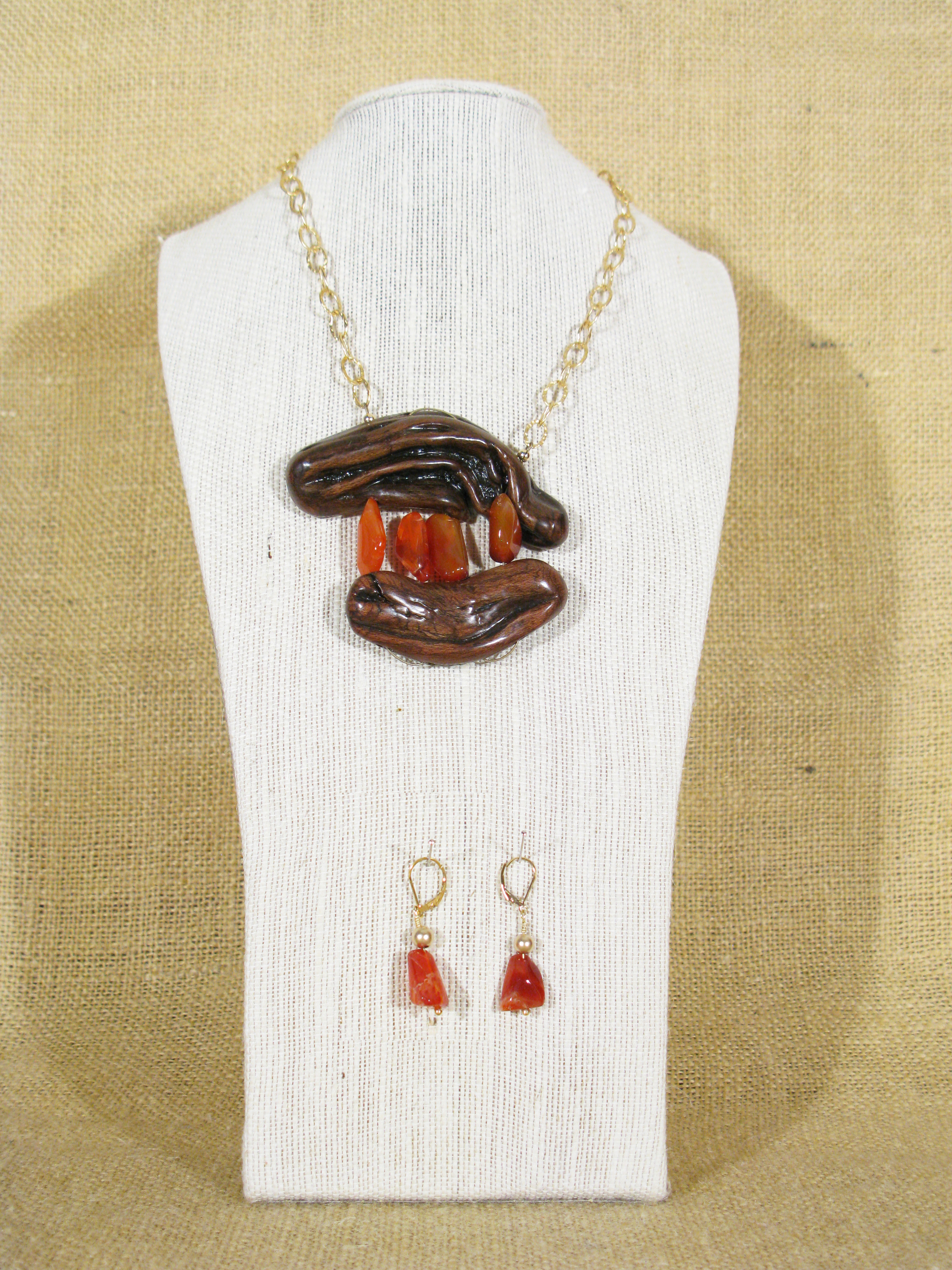 SAGE & RUST CARNELIAN WITH GOLD FILLED CHAIN