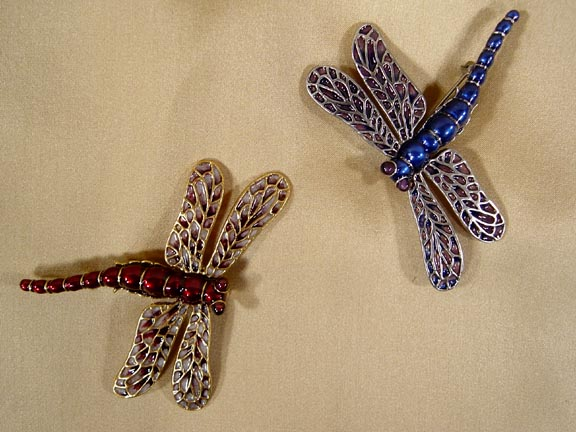 DRAGONFLY PIN DETAIL